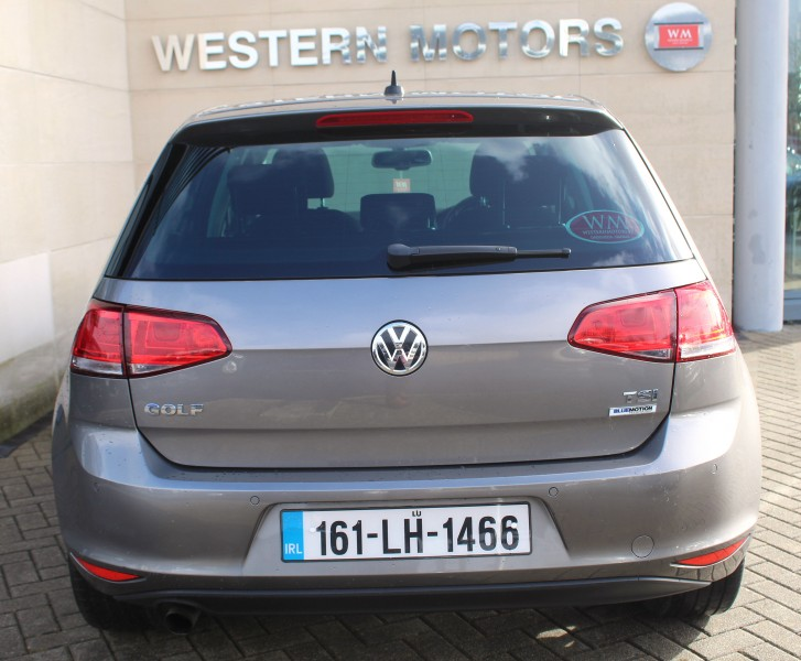 Volkswagen Golf LOUNGE 1.2 TSI M6F 110 5D, SUNROOF, NAV, CAMERA, LOW KMS