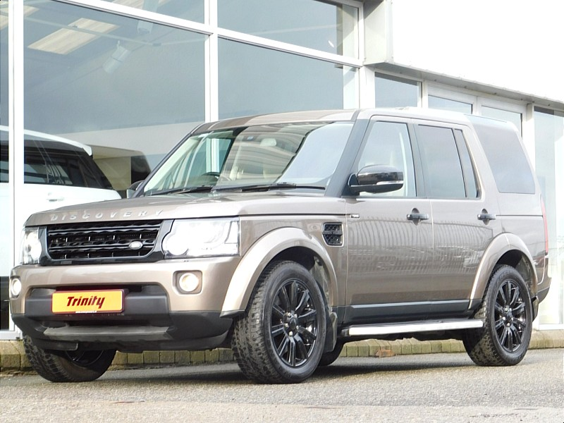 2015 Land Rover Discovery 3.0 TDV6 XE 5 Seat Black Edition ** 2 YEAR WARRANTY ** Price €POA