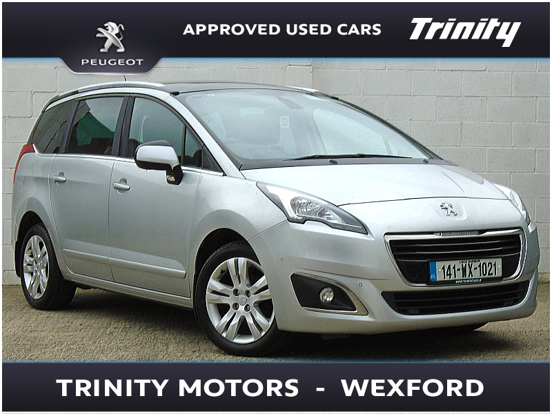 2014 Peugeot 5008 ONE OWNER, TOP SPEC, GLASS ROOF, TV SCREENS IN HEADRESTS, 1.6HDI AUTO ** 7 SEATER ** Price €POA