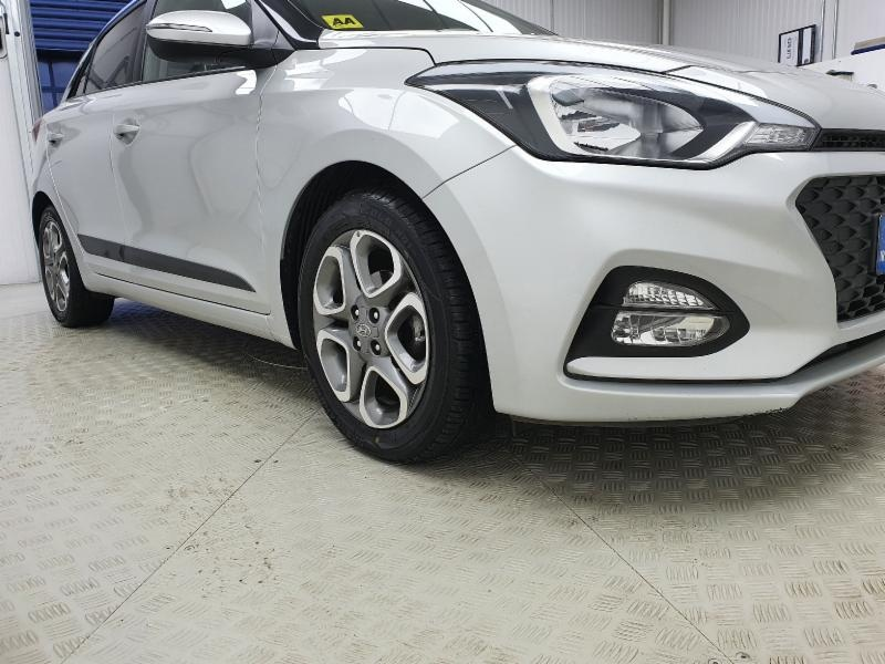 Hyundai i20 DELUXE 5DR