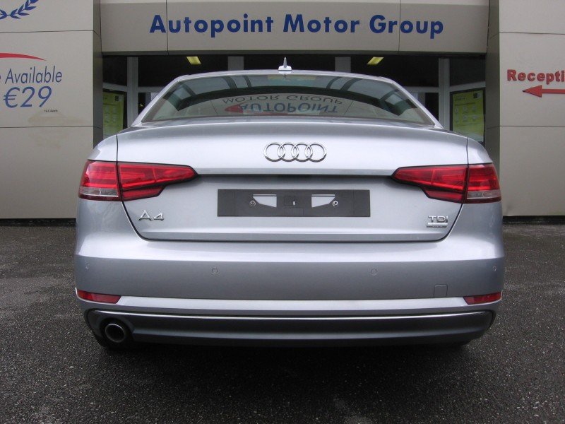 Audi A4 2.0 TDI (150ps) ULTRA SPORT S-TRONIC ** Haggle Free Prices - 12 Month's Nationwide Warranty & 12 Month's Roadside Assistance **