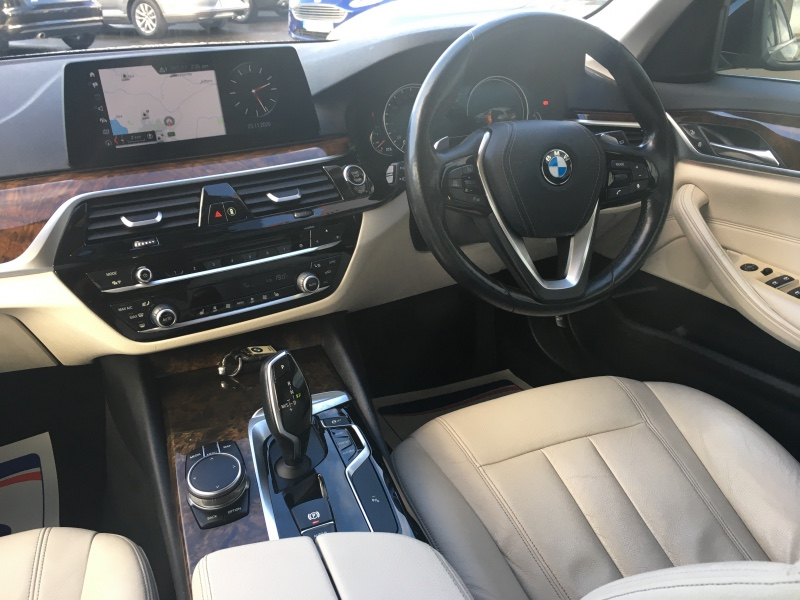 BMW 5 Series 520d SE ESTATE  ** FREE Nationwide Delivery - Reserve or BUY this Vehicle Online Today **