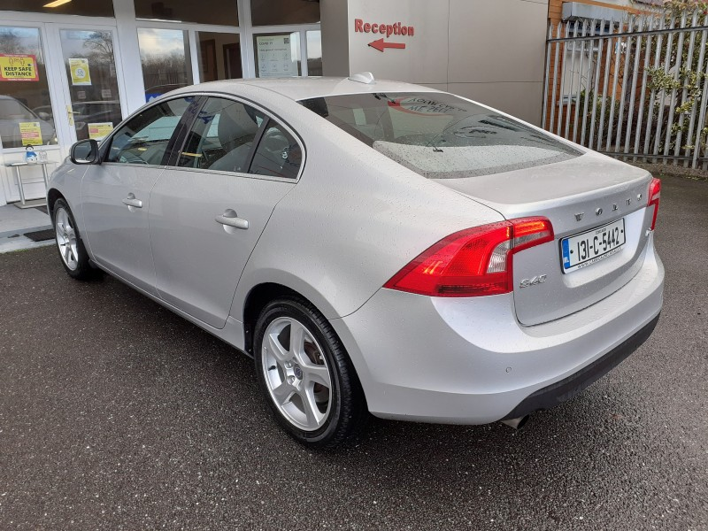 Volvo S60 1.6D D2 (115HP) SE ** FREE Nationwide Delivery -  Reserve or BUY this Vehicle Online Today **