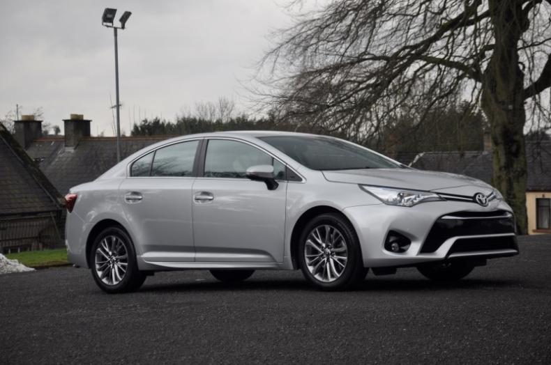 2016 Toyota Avensis Business Edition 143bhp 23000 In The Starlight
